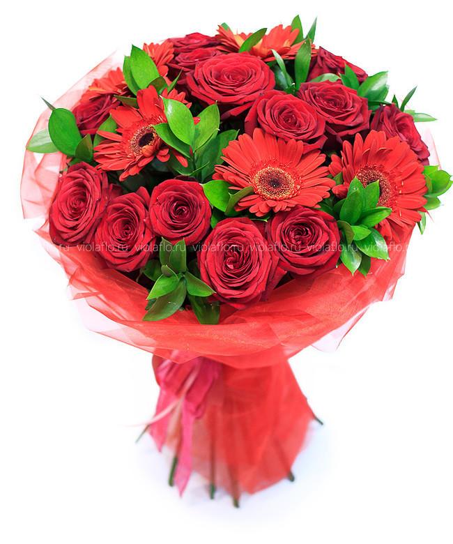 Букет из красных цветов