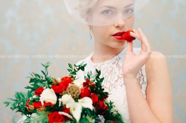 """Свадебный букет """"Алый поцелуй"""""""