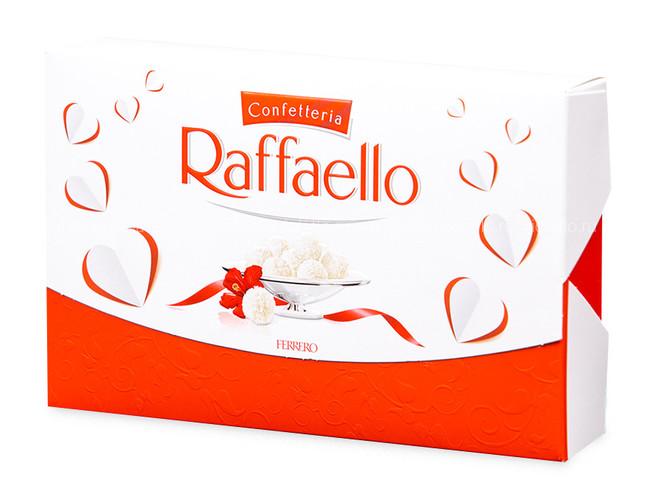 Коробка конфет «Raffaello»