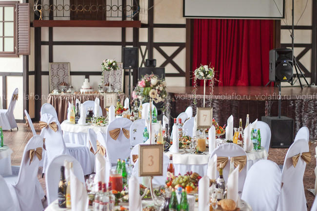 Оформление свадьбы в ресторане «Перун» в стиле винтаж